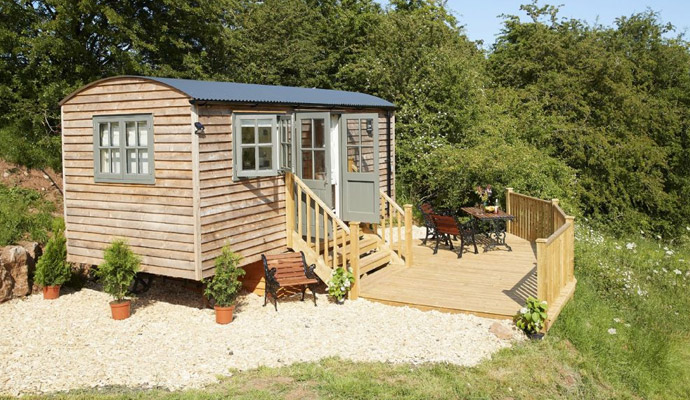 Try a different kind of break, explore our uniqe glamping properties.